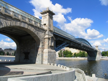 Moskva River Bridge